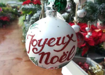 """Boule de Noël """"Joyeux Noël"""" pour sapin en vente à la jardinerie Pradel Horticulture à Luchon"""
